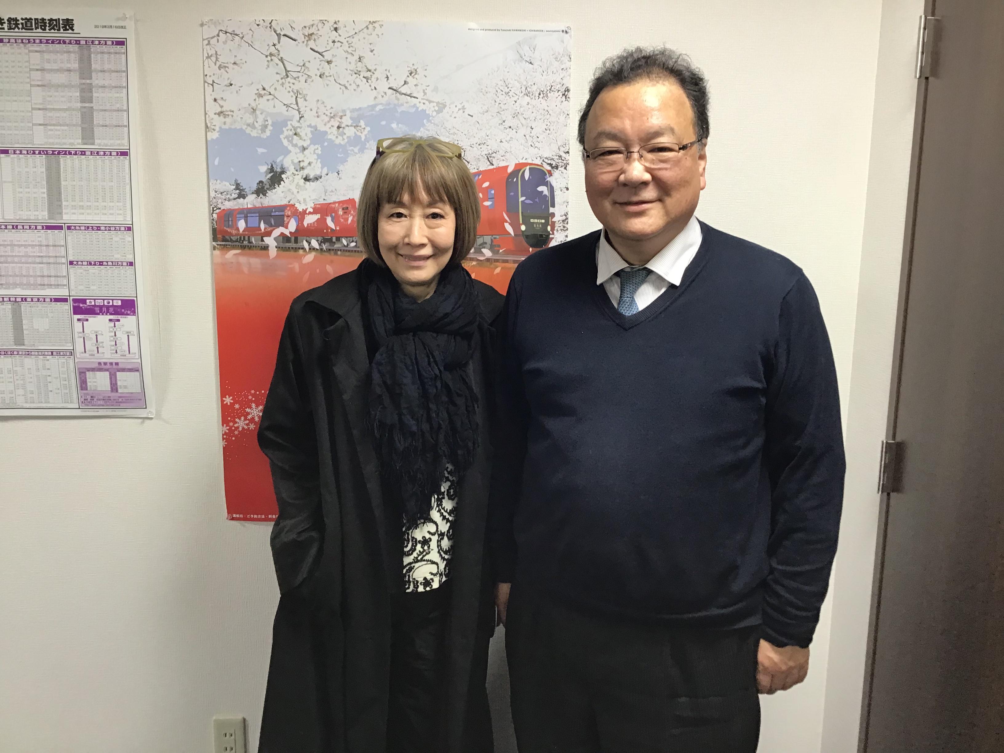 今日は歌手の小林啓子さんが遊びにいらっしゃいました。