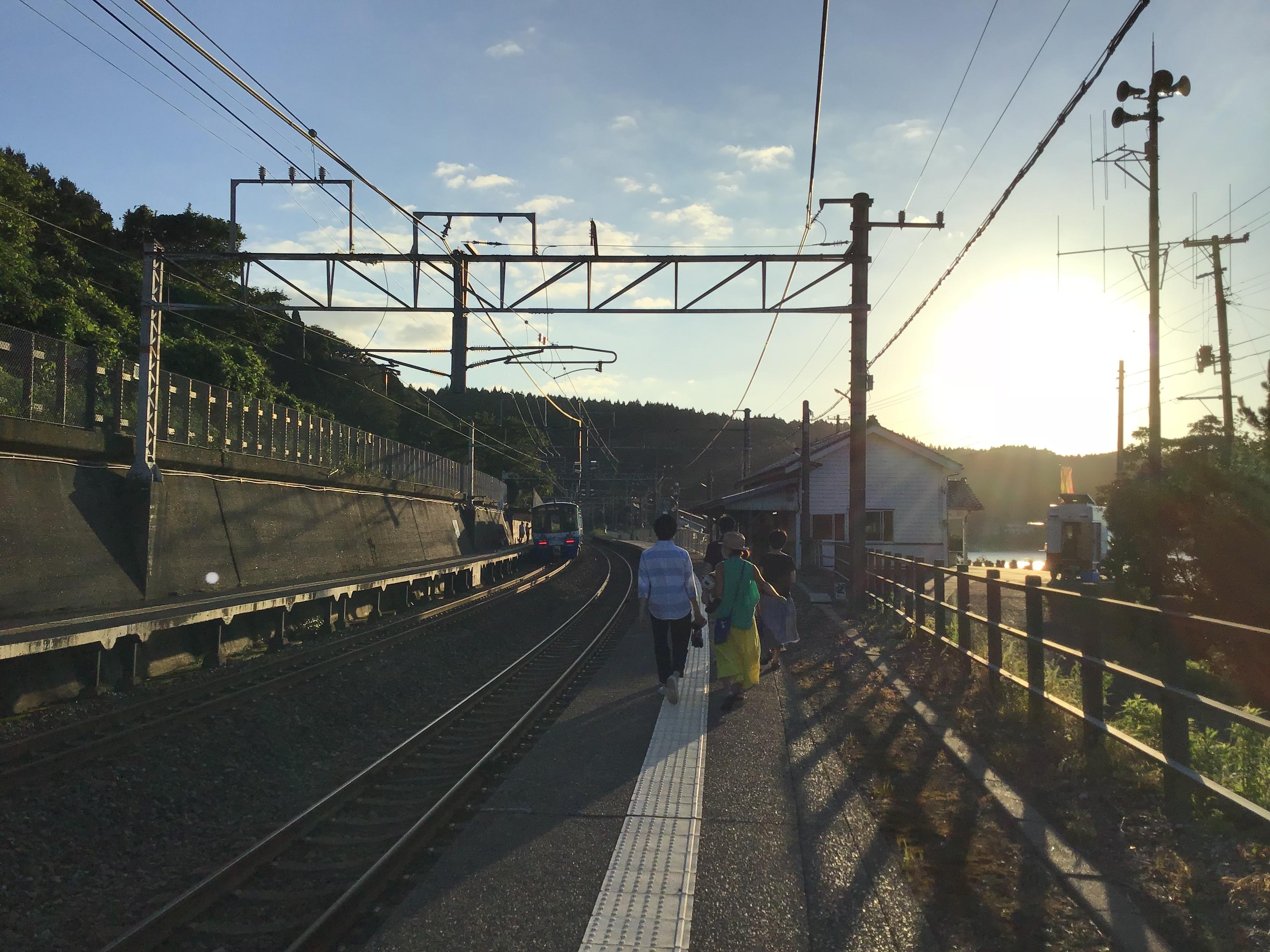 夕日のビール列車