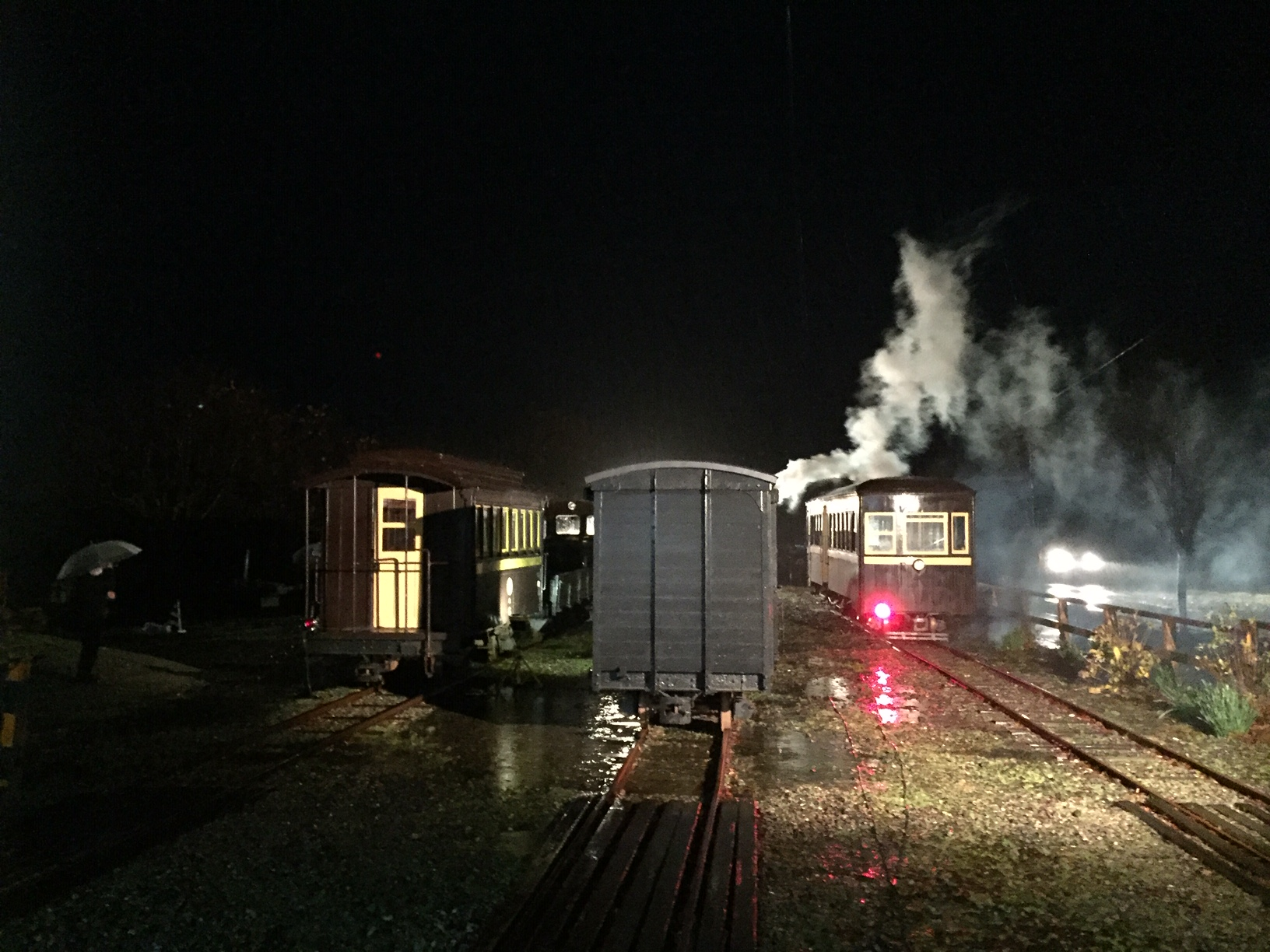 機関車拭き拭き